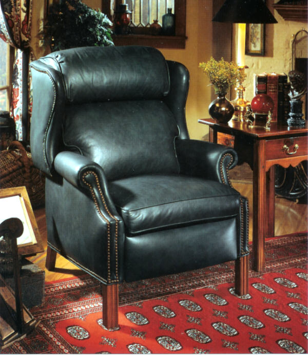 High Quality Leather Recliner Oversized For Larger Folks