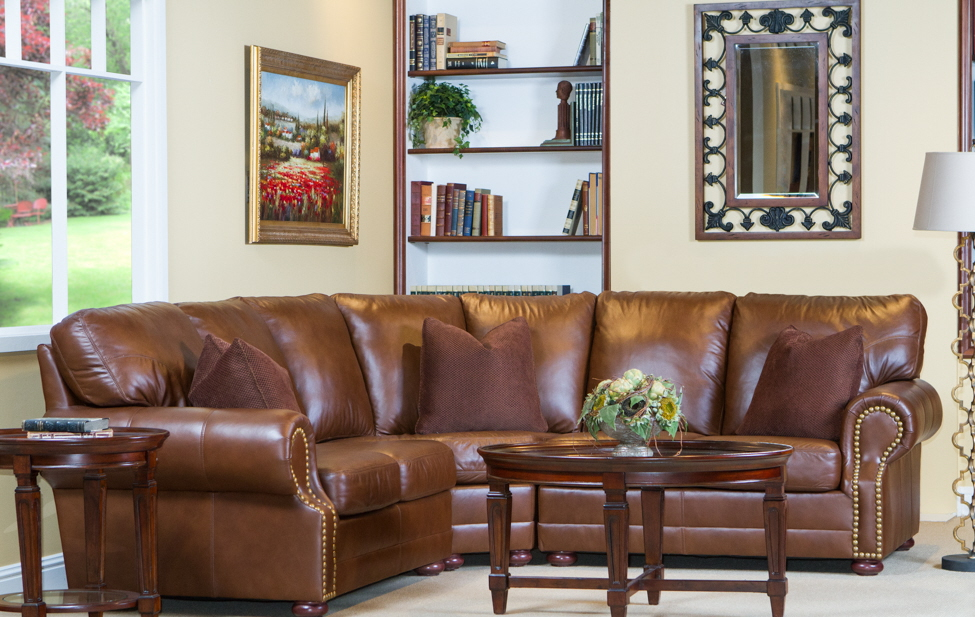 100-575 Chelshire Leather Sectional
