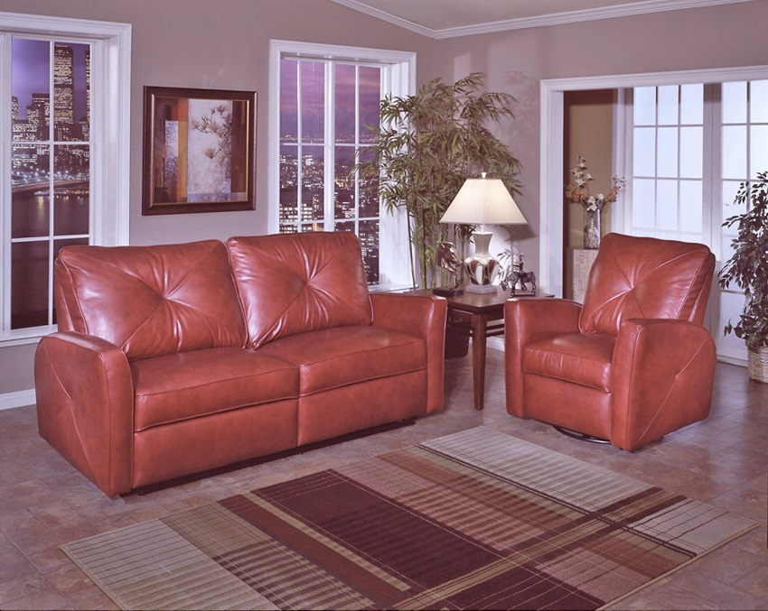 Bahama Leather Reclining Sofa Detail on Fine Leather Sectional Sofas