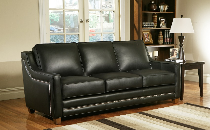 Fifth Avenue Leather Loveseat