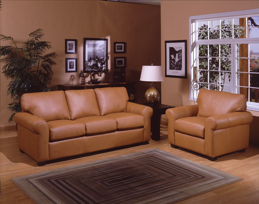 West Point Leather Loveseat